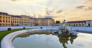Sightseeing transfer from Prague to Vienna via Mikulov